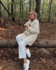 Modest Fashion Hijab, Modern Hijab Fashion, Street Hijab Fashion, Casual Hijab Outfit, Hijab Fashion Inspiration, Hijab Chic, Casual Winter Outfits, Muslim Fashion, Fashion Outfits