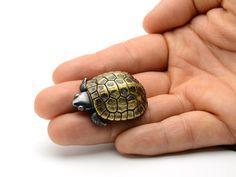 Cute turtle netsuke