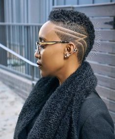 Low Haircuts, Cute Short Haircuts, Short Hairstyles For Women, Hairstyles Haircuts, Shaved Hairstyles, Natural Hair Short Cuts, Tapered Natural Hair, Short Hair Cuts, Natural Hair Styles