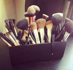 Organización del maquillaje. Brochas de maquillaje.