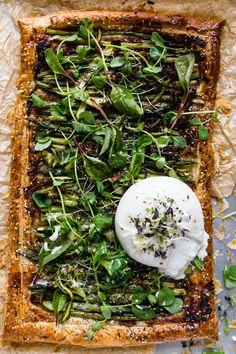 Recipe :: Simple Roasted Spring Vegetable Tart With Burrata - coco kelley coco kelley