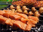 Pita placky zvládnete upéct doma, i s dětmi. Nemůže to být jednodušší - iDNES.cz Carrots, Sausage, Meat, Vegetables, Sausages, Carrot, Vegetable Recipes, Veggies, Chinese Sausage