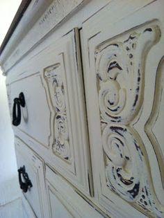 The Funkie Munkie Furniture: Chalk Paint Dresser