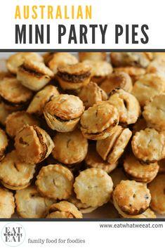 Australian Mini Party Pies: Delicious little two bite versions of the irresistib. Australian Meat Pie, Aussie Food, Australian Party, Australian Recipes, Savory Snacks, Yummy Snacks, Traditional Australian Food, Xmas Food, Christmas Foods