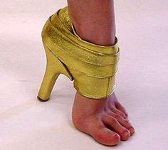 Hijab Life: Funky Shoes Part The Super Hero/ Villain Hijabi Fashion Fail, Fashion Shoes, Fashion Trends, Boy Fashion, Cheap Fashion, Fashion Clothes, Crazy Shoes, Me Too Shoes, Weird Shoes