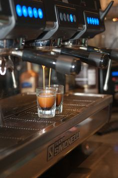 espresso machine photo by Northern Design Graphics