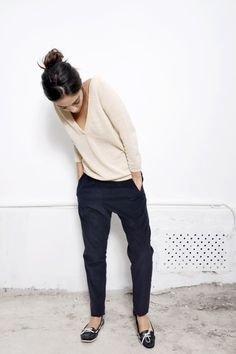 Simple v neck casmhere pullover, simple drop crotch pant, simple Sperry boat shoe.