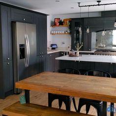 An Innova Linwood Carbon Shaker Kitchen