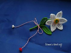 Broşă - narcisă , by carmenshandcraft, 15 Lei Raksha Bandhan, Thread Work, Crochet Designs, Crochet Flowers, Crochet Baby, Diy And Crafts, Projects To Try, 8 Martie, Wool
