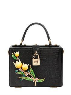 ffe333b41df 523 Best bags images   Fashion handbags, Trendy handbags, Classic ...