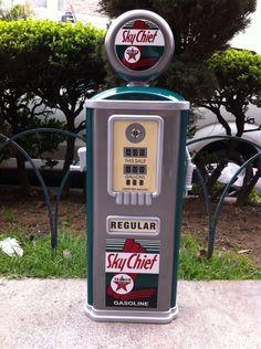 Alcancia  1/2 Bomba de gasolina Para colgar $1300 Facebook Esmenjaud Retro