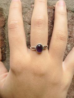 Amethyst x Sterling Silver Ring - One of our favourite Amethyst rings. It is made with a high quality Rose Quartz cabochon and Sterling Silver, for a stunning finish that lasts. This modern minimalist style is perfect for a gorgeous everyday ring! - Sizing and additional