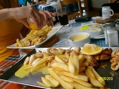Vis & Tjips Seafood, Meat, Ethnic Recipes, Sea Food, Seafood Dishes