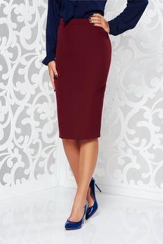 StarShinerS burgundy high waisted office pencil skirt slightly elastic fabric, tented cut, soft fabric, slightly elastic fabric, back zipper fastening, high waisted