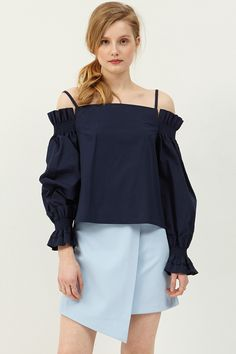 Delia Coldshoulder Top  >>Discover the latest fashion trends online at storets.com #top #navytop #soldshouldertop #storets