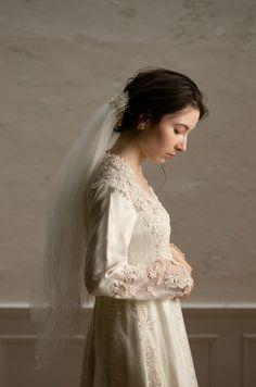 Short Bridal Hair, Prom Dresses 2017, Designer Wedding Dresses, Perfect Wedding, Veil, Bridal Gowns, Wedding Hairstyles, Weddings, Bride