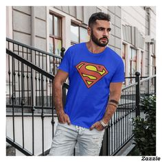 Superhero Gifts, Superman Logo, Kids Party Supplies, Parent Gifts, Gifts For Teens, Grandparents, Tshirt Colors, Fitness Models, Casual