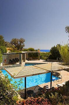 White River Cottages |  Lasithi | Crete | Greece // jacoline's small hotels in greece