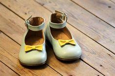 Luisa & Ernesto, zapatos infantiles de primavera-verano http://www.minimoda.es