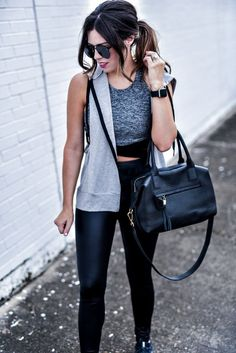 40 Trendy Spring Outfits You Should Copy Right Now Urban Fashion, Trendy Fashion, Womens Fashion, Fashion Trends, Trendy Style, Fashion Bloggers, Sporty Fashion, Spring Fashion, Fashion Inspiration