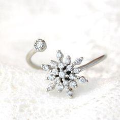 Snowflake Adjustable Ring