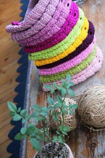 uncinetto moda e fantasia: #cappellini