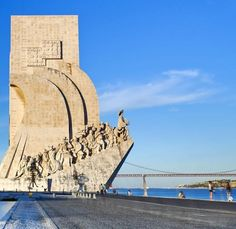 Monument to the Discoveries, Lisbon, Portugal, Europe Famous Monuments, Famous Buildings, Famous Landmarks, Best Vacation Spots, Best Vacations, Travel Around The World, Around The Worlds, Places To Travel, Places To Visit