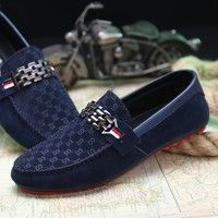 Wish   New men doug shoes Leisure fashion men's shoes driving shoes Lazy frosted antiskid shoes wear shoe covers male feet shoes