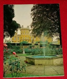 Vintage-1971-Belvoir-Castle-souvenir-booklet-UK-Leicestershire-Bee-Ver-Rutland