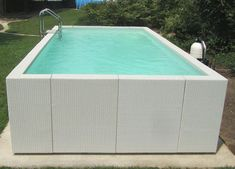 Oberirdischer Pool, Swimming Pools Backyard, Small Backyard Pools, Small Pools, Raised Pools, Shipping Container Swimming Pool, Kleiner Pool Design, Hot Tub Garden, Small Pool Design
