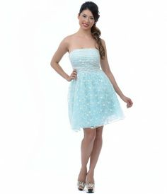 The dress of dreams come true! This ethereal strapless mint dress features a delicately ruched bodice that sits atop an ...Price -                                       $66.00                -9zaoLevy