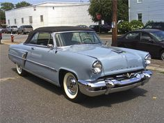 carnutzphoto: 1954 Lincoln Capri Convertible Classic and antique cars. Sometimes custom cars but mostly classic/vintage stock vehicles. Convertible, Vintage Cars, Antique Cars, Royce Car, Capri, Lincoln Motor, Ford Classic Cars, Best Muscle Cars, Us Cars