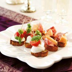 Italialaiset alkupalaleivät (Crostini)