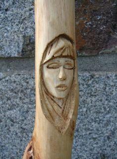 A spot of wood spirit carving [Archive] - BushcraftUK: Community Forum