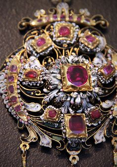Bethlen pendant - Hungary, 17th century; gold enamels, rubies and pearls.