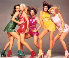 (from left to right) Christy Turlington, Nadja Auermann, Cindy Crawford, Stephanie Seymour & Claudia Schiffer photographed by Richard Avedon for GIANNI VERSACE. Stephanie Seymour, Richard Avedon, Christy Turlington, Claudia Schiffer, Cindy Crawford, Gianni Versace, Atelier Versace, Versace Versace, Nadja Auermann