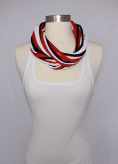 NEW Collegiate Team T-Shirt Scarves.  UGA Bulldogs T-shirt Infinity Scarf by SuiteIdeas