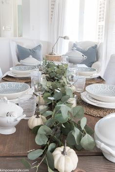 Simple Eucalyptus and Small Pumpkin Tablescape #THANKSGIVING #WHITE #SIMPLE