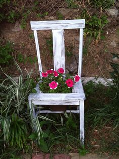 Took an old chair from the thrift store and used chalk paint and wax to give the chair a French country style. This is the most beautiful planter I have made to date!