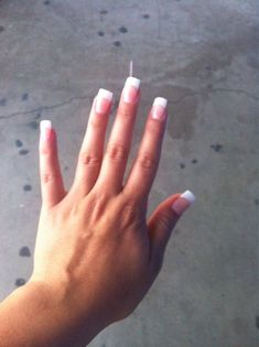 how to do a french tip nail