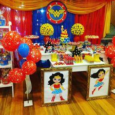 Festa Mulher Maravilha: tutoriais e 70 ideias para fazer a sua Wonder Woman Birthday, Wonder Woman Party, Girl Themes, Superhero Party, Held, 5th Birthday, Birthday Ideas, Birthdays, Avengers
