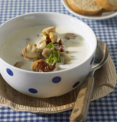 Käsesuppe - Low Carb: Vegetarische Hauptgerichte - 16 - [ESSEN & TRINKEN]