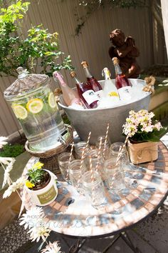 garden party | drink station
