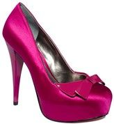Cute fuschia pump by Paris Hilton <3