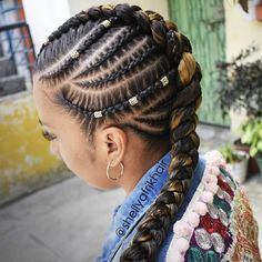 43 Cool Blonde Box Braids Hairstyles to Try - Hairstyles Trends Try On Hairstyles, African Braids Hairstyles, Bride Hairstyles, Black Hairstyles, Fancy Ponytail, Curly Hair Styles, Natural Hair Styles, Braids For Black Hair, Braided Mohawk Black Hair