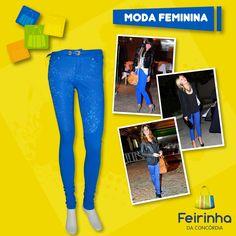 Quem disse que inverno tem que ser escuro e sem cor!? A cor azul caneta continua entre os looks das blogueiras!   #Sucesso #Blogueiras #FeirinhadaConcórdia #Moda #Fashion #AzulKlein
