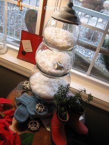 a fish bowl snowman, seasonal holiday d cor, Fish bowls in graduated sizes filled with snow and stacked