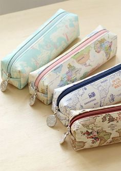 Looking for a classic pencil case? Here is well made & beautiful Worldwide Pen Case!