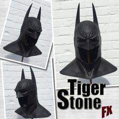 Batman Arkham Asylum / City inspired Cowl - Mask prop for your Costume Dark Knight Batman Comic Art, Comic Book Superheroes, Batman Comics, Batman Robin, Batman Cosplay Costume, Cosplay Diy, Cosplay Ideas, Movie Quality Costumes, Batman Cowl
