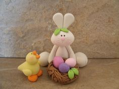 Bunny, Duck and Nest of Eggs Sculpey Clay, Polymer Clay Projects, Clay Crafts, Fun Crafts, Easter Art, Easter Crafts, Diy Ostern, Clay Figures, Biscuit